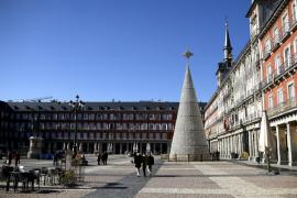 Madrid propone reuniones familiares de Navidad de 10 personas y toque de queda desde la 1.30 de la madrugada