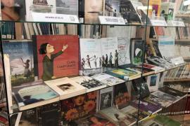 Reivindicar el papel de la mujer a través de una muestra de 150 libros