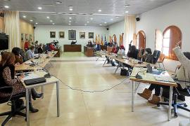 Sant Josep aprueba eliminar los ferris entre la Península y la Bahía de Portmany