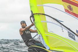 Mateo Sanz se complica sus opciones de estar en la Medal Race del Europeo