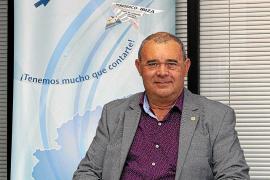 Vicent Marí Torres, presidente de la Asociación de Apicultores de Ibiza: «La miel de Ibiza sabe a vida»