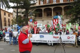 La Sindicatura denuncia incrementos de sueldo ilegales a los funcionarios