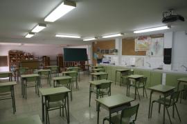 Bajan los contagios de coronavirus en los colegios de las islas
