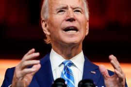 Biden se rompe el pie jugando con su perro