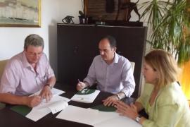 Santa Eulària acogerá 12 contenedores de Cáritas para recoger ropa usada