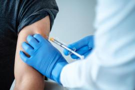 Reino Unido se convierte en el primer país que aprueba el uso de la vacuna contra el coronavirus de Pfizer