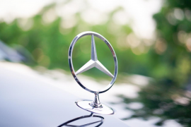 Alquiler de coches con conductor en Mallorca: tarifas para vehículos de lujo y standard