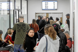 El paro sube en 25.269 personas en noviembre, su mayor alza en este mes desde 2012