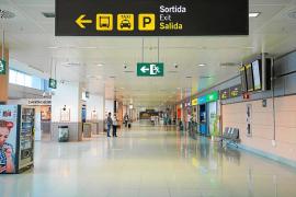 La llegada y el gasto de turistas se hunden un 93 % en Baleares durante octubre