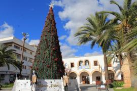 Navidades en Santa Eulària para mantener la ilusión de los niños con recepciones de los Reyes Magos y espectáculos