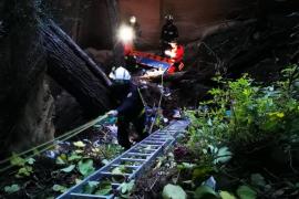 Rescate de un hombre que pasó horas inconsciente en una cantera de Llucmajor