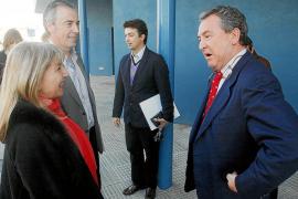 El  Consell contradice a Vila y afirma que la decisión sobre el atraque de Formentera «no está tomada»