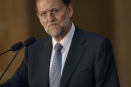 Rajoy afirma que «proponer hoy separaciones» es «un  disparate»