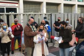 Vox acusa de «traidor» al gobierno de España y de querer instaurar un régimen «totalitario»