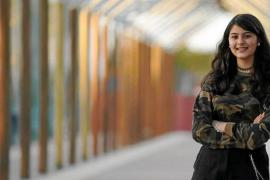 Nura Sandhu, el futuro de la literatura de Ibiza