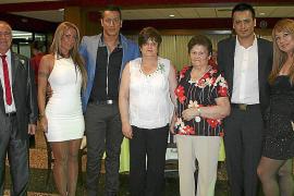 Cena de gala de la Asociación de Familiares de Alzheimer de Mallorca en el club militar Es Fortí