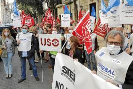 El Govern balear accede a negociar la congelación salarial a los funcionarios