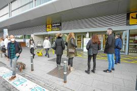 Las PCR a viajeros nacionales bajan los precios para volar a Ibiza esta Navidad