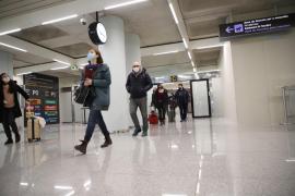 Detectan cuatro positivos en el primer día de controles en puertos y aeropuertos de Baleares