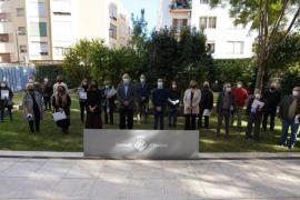 El Consell de Ibiza homenajea a 16 trabajadores que se jubilan