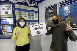 La lotería sólo deja en Ibiza un quinto madrugador
