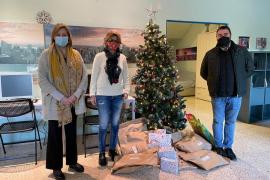 Medio centenar de regalos para el Centro de Menores y la Oficina de la Dona de Ibiza