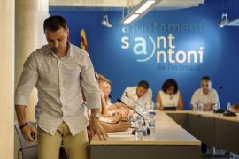 Dimite el concejal de Deportes de Sant Antoni, denunciado por ampliar su bar sin permiso