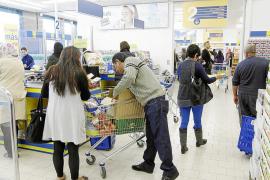 El Govern autoriza a las grandes superficies de Eivissa a abrir todos los domingos del año