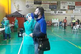 Más de 40 municipios de Baleares tienen riesgo extremo de contagios de COVID