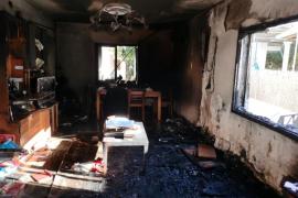 Herida una mujer en el incendio de su vivienda en Sant Antoni