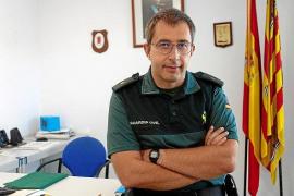 El comandante Enrique Gómez se despide este lunes de la Compañía de la Guardia Civil en las Pitiusas