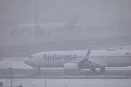 Cuatro vuelos cancelados entre Ibiza y Madrid este lunes por la borrasca