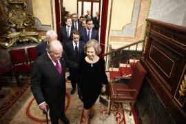 El Gobierno defiende que Juan Carlos I mantenga «vitaliciamente» el título de Rey