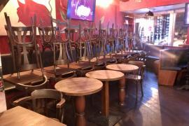 Bares, restaurantes, grandes superficies y gimnasios cierran desde hoy en Ibiza