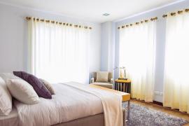 Qué son las cortinas térmicas y cómo mantienen el calor en casa con poco dinero