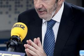 Rubalcaba asegura que «hay que cambiar el PSOE para que siga siendo el PSOE»