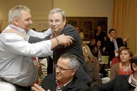 Campillo pide al PSOE ibicenco que retire los expedientes como «gesto de acercamiento»