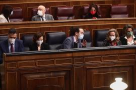 El Gobierno corrige a Iglesias sus declaraciones sobre Puigdemont