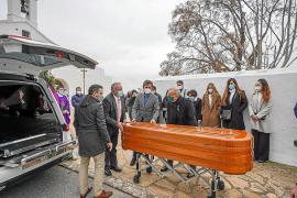 Sant Llorenç despide entre lágrimas a Vicent Tur