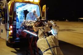 Trasladan de Menorca a Son Espases a un paciente Covid con oxigenación extracorpórea