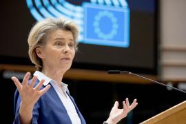 La UE debate acelerar la vacunación entre los amagos de varios países de cerrar fronteras