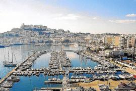 El Club Náutico Ibiza seguirá gestionando sus instalaciones temporalmente