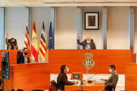 El equipo de gobierno del Consell de Ibiza pide más vacunas para lograr la inmunidad en verano