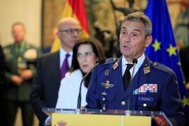 Dimite el jefe del Estado Mayor de la Defensa tras vacunarse