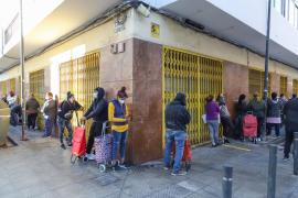 Cáritas Ibiza continúa dando alimentos a unas 70 personas a diario, aunque este enero registran menos donaciones