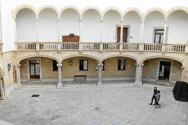 Un año y medio de cárcel por estafar a un exfutbolista profesional en la reforma de su vivienda en Palma