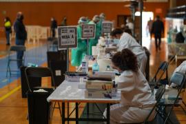 Ibiza registra cinco fallecidos más por covid y contabiliza 33 nuevos positivos