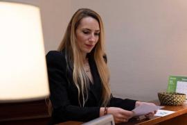 La diputada de Vox impulsa una PNL para acabar con el «agravio» del personal sanitario balear