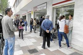El final de la temporada turística deja en las Pitiüses más de 10.600 desempleados en octubre