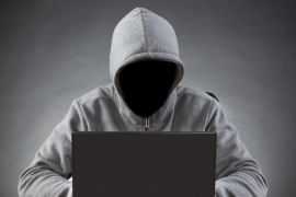 Denuncia que le extorsiona un 'hacker' y la Policía descubre que fue su hijo de 11 años